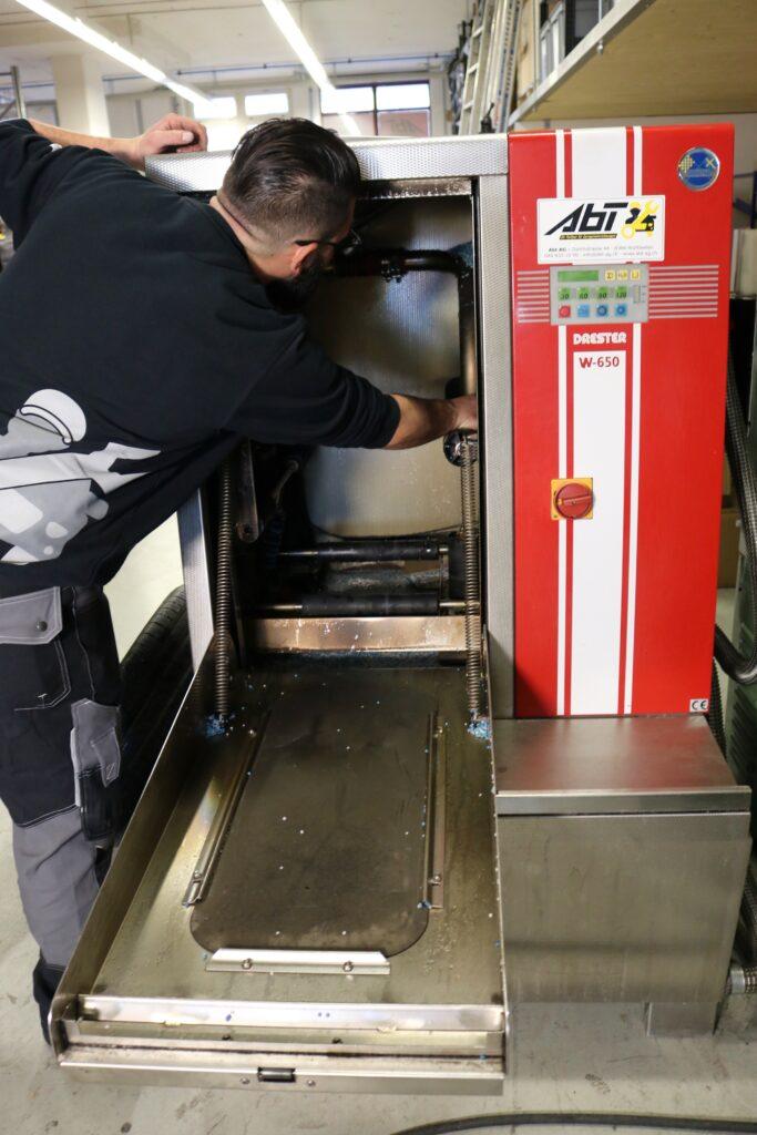 Abt-AG-Reparaturen-Aufbereitungen-Radwaschmaschinen